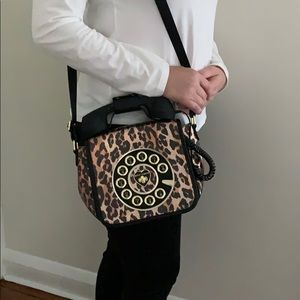 REALLY CAN TALK BETSEY J. PURSE!